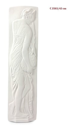 Relieve C de escayola 43 cm